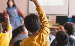 estudiantes en una sala de clases